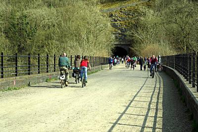 Monsal Trail Over The Headstone Viaduct Art Print by Rod Johnson