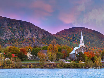 Mont-saint-hilaire Quebec On An Autumn Day Art Print