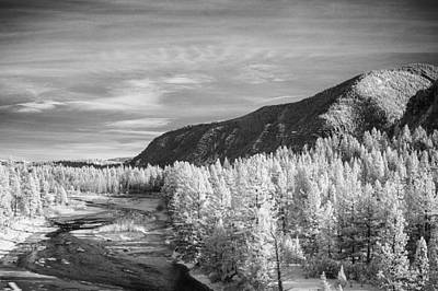 Montana Mountains Print by Paul Bartoszek
