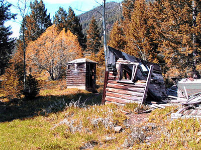 Montana Outhouse 01 Art Print by Thomas Woolworth
