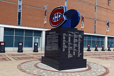 Que Photograph - Monument For The Montreal Canadiens by Jason O Watson