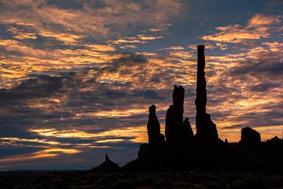 Monument Valley At Sunrise Art Print