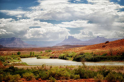 Photograph - Monument Valley Beauty by Tricia Marchlik