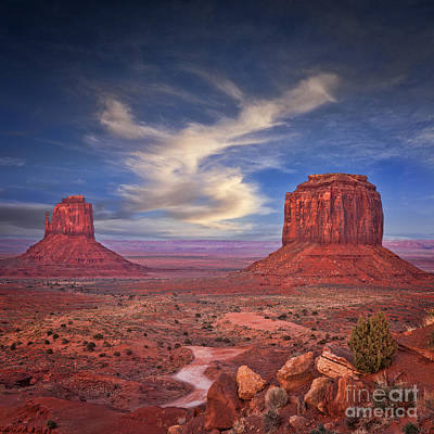 Monument Valley Art Print by Colin and Linda McKie