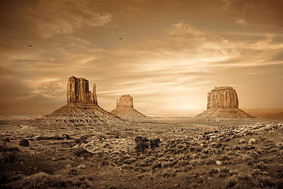 Sundown Photograph - Monument Valley Golden Sunset by Susan Schmitz