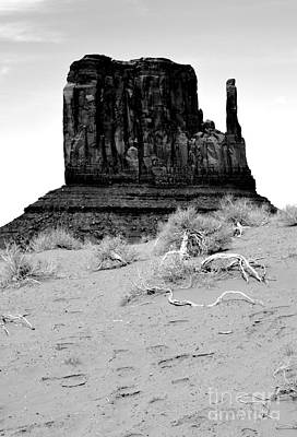 Digital Art - Monument Valley Mitten Monolith Scenic Landscape Vertical Black And White Conte Crayon Digital Art by Shawn O'Brien