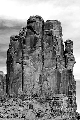 Great Outdoors Digital Art - Monument Valley Sandstone Formation The Hand Black And White Conte Crayon Digital Art by Shawn O'Brien