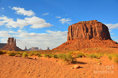Photograph - Monument Valley West Mitten And Merrick Butte by Debra Thompson