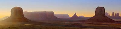 Monument Valley Sunset 3 Art Print by Mike McGlothlen