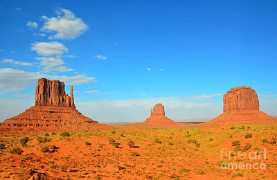 Photograph - Monument Valley The Mittens And Merrick Butte by Debra Thompson