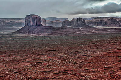 Photograph - Monument Valley Ut 4 by Ron White