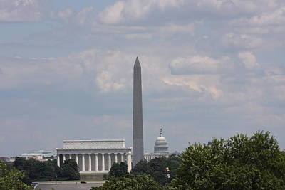 Lincoln Photograph - Monument View From Iwo Jima Memorial - 12123 by DC Photographer