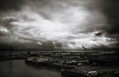 Moody Skies In London Art Print by Lenny Carter