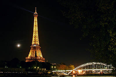 Photograph - Moon And Eiffel Tower by Babak Tafreshi