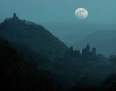 Castle Photograph - Moon Over Drachenfels Castles by Detlev Van Ravenswaay