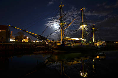 Photograph - Moon Over The Salem Friendship by Toby McGuire