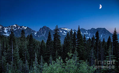 Photograph - Moon Over The Tatoosh Range by Stuart Gordon