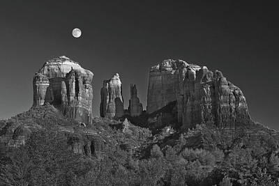 Photograph - Moon Rise - Black And White by Harold Rau