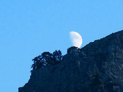 Photograph - Moon Rising From The Mountain by Alexandros Daskalakis