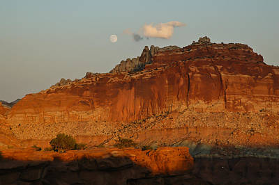 Photograph - Moonrise And Sunset At Capitol Reef 2 by Lee Kirchhevel