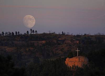 Photograph - Moonrise Over The Cross by HW Kateley