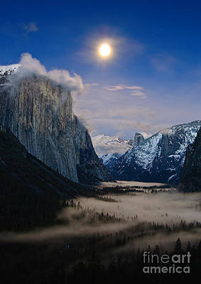 El Capitan Photograph - Moonrise Over Yosemite National Park by Jamie Pham