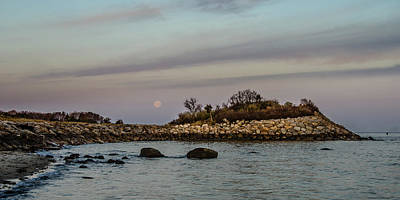 Photograph - Moonset Over The Nob by Jennifer Kano