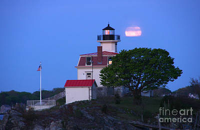Photograph - Moonset Pomham Rocks Light by Butch Lombardi