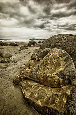 Painting - Moreaki Boulders #2 by Judith Barath