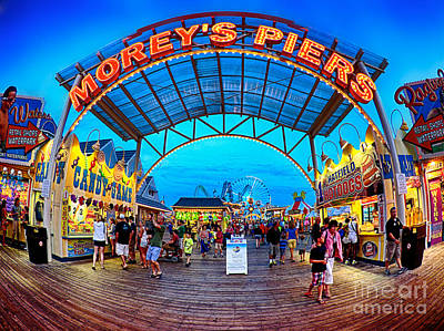 Ferris Wheel Photograph - Moreys Piers In Wildwood by Mark Miller