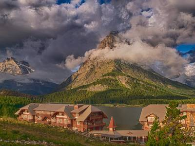 Morning At Many Glacier Hotel Art Print by Rob Wilson
