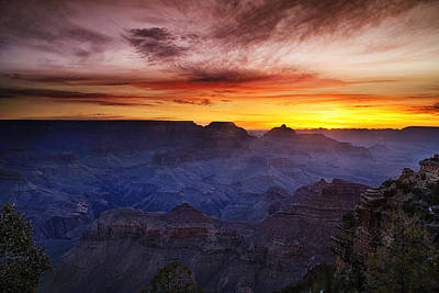 Scenery Photograph - Morning Glow At The Canyon by Andrew Soundarajan