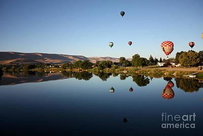 Morning On The Yakima River Art Print by Carol Groenen