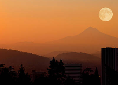 Photograph - Morning Over Portland by Don Schwartz