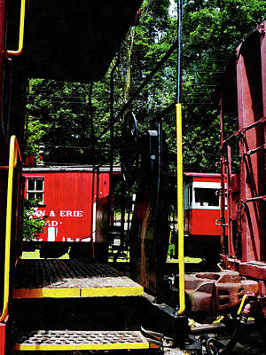 Caboose Photograph - Morristown And Erie Caboose by Susan Savad
