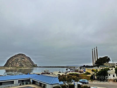 Photograph - Morro Bay Morning by Methune Hively