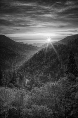 Sun And Tree Photograph - Morton Overlook by Andrew Soundarajan