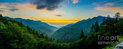 Mortons Overlook Panoramic Art Print by Anthony Heflin