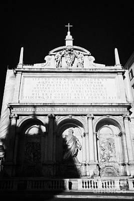 Moses Fountain Fontana Dell Acqua Felice Rome Lazio Italy Print by Joe Fox