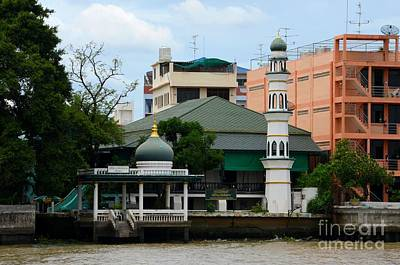Photograph - Mosque On Chao Phraya River Bank Bangkok Thailand by Imran Ahmed