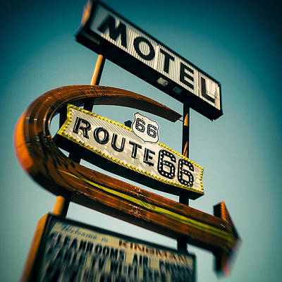 Road Sign Photograph - Motel by Dave Bowman