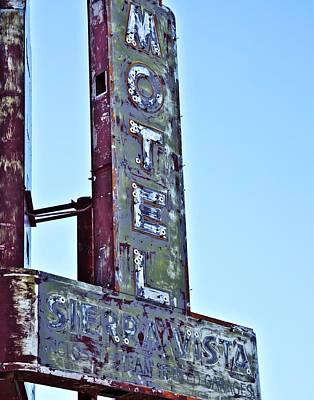 Photograph - Motel Sierra Vista Vintage Neon Sign by Gigi Ebert