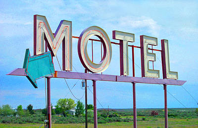 Photograph - Motel Sign - Arrow by Larry Hunter