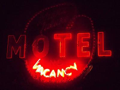 Photograph - Motel Vacancy by Guy Ricketts