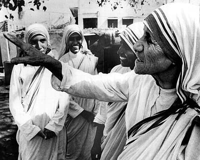 Mother Teresa Points Something Out Print by Retro Images Archive