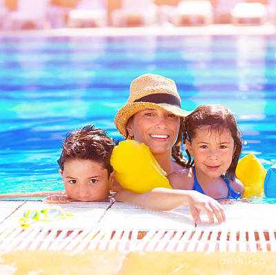 Mother With Kids In Poolside Art Print