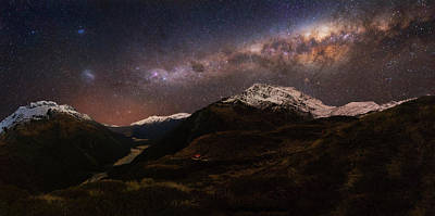 Milky Way Wall Art - Photograph - Mount Aspiring - Liverpool Hut by Yan Zhang