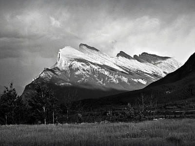 Photograph - Mount Rundle At Banff National Park by RicardMN Photography
