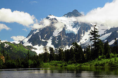 Cascade Mountains Snoqualmie National Forest Photograph - Mount Shuksan From Picture Lake, Mount by Michel Hersen