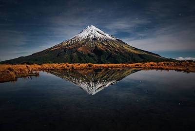 Volcano Photograph - Mount Taranaki - A Starry Night by Yan Zhang